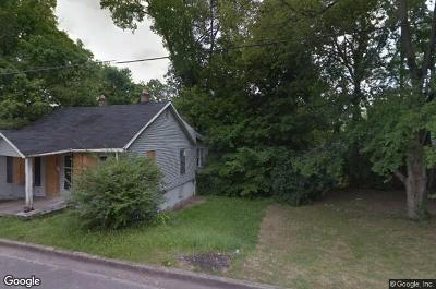 Clarksville Single Family Home For Sale: 329 Glenn St