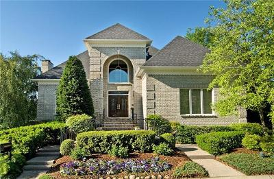 Davidson County Single Family Home Under Contract - Showing: 1 Warwick Ln
