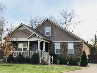 Spring Hill Single Family Home Under Contract - Showing: 2014 Morton Dr