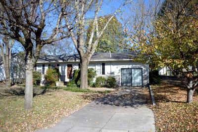 Shelbyville Single Family Home For Sale: 137 Butler St