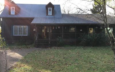 Davidson County Single Family Home For Sale: 2215 Pennington Bend Rd