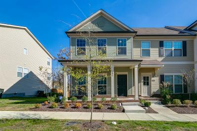 Davidson County Single Family Home For Sale: 1817 Wild Oaks Ct
