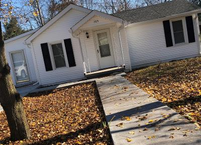 Portland Single Family Home For Sale: 105 Dollar Ave