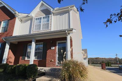 Smyrna, Lascassas Condo/Townhouse Under Contract - Showing: 3067 Burnt Pine Dr #3067