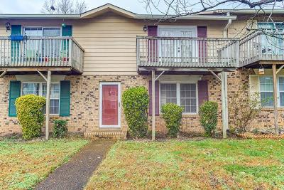 Davidson County Condo/Townhouse For Sale: 3880 Priest Lake Dr Apt 12 #12