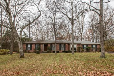 Nashville Single Family Home For Sale: 613 Brook Hollow Road