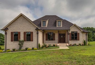 Robertson County Single Family Home Under Contract - Showing: 3077 Wedgewood Dr
