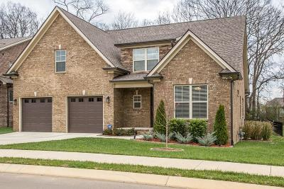 Spring Hill Single Family Home For Sale: 7045 Salmon Run