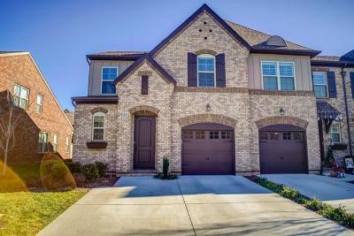 Hendersonville Single Family Home For Sale: 213 Bixby Private Ln # 67