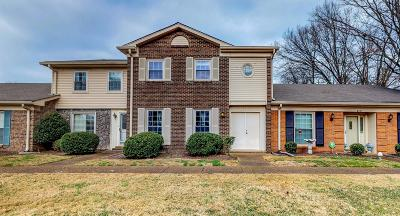 Nashville Condo/Townhouse For Sale: 8300 Sawyer Brown Rd #B 303