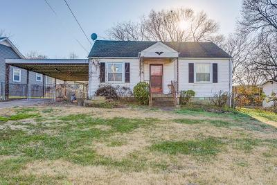 Nashville Single Family Home For Sale: 1903 Hutton Dr