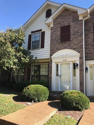 Franklin Condo/Townhouse For Sale: 1629 Brentwood Pointe