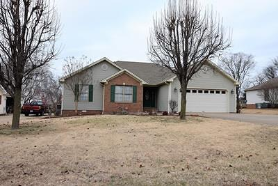 Christian County Single Family Home For Sale: 1230 Bark Ridge Circle