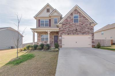 Spring Hill Single Family Home Under Contract - Showing: 1040 Timbervalley Way