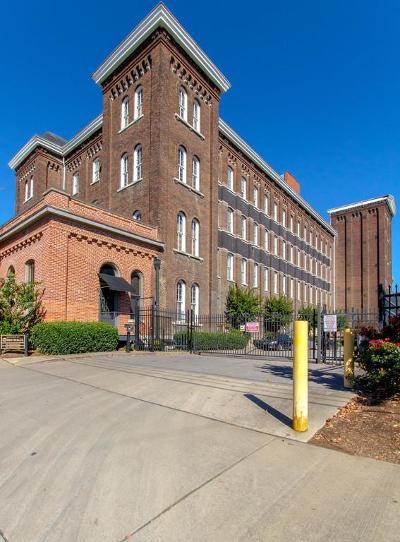 Nashville Condo/Townhouse For Sale: 1400 Rosa L Parks Blvd Apt 220