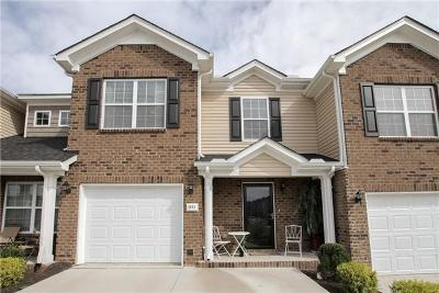 Spring Hill Condo/Townhouse For Sale: 1051 Muna Ct