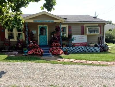 Spring Hill Single Family Home For Sale: 2504 Depot St