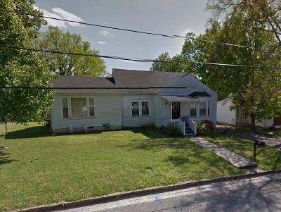 Columbia Single Family Home For Sale: 114 5th Ave