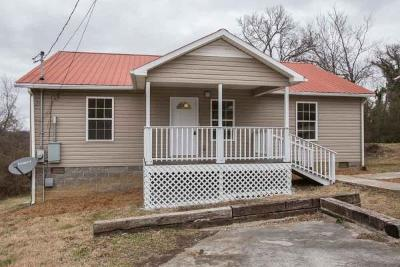 Maury County Single Family Home Under Contract - Showing: 510 W 5th St