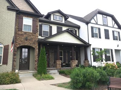 Franklin Single Family Home Under Contract - Showing: 505 Vintage Green Lane