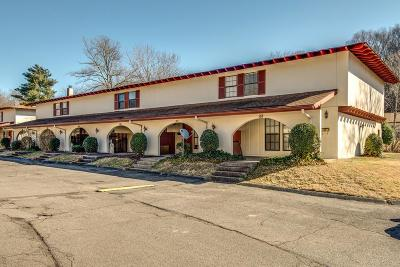 Nashville Condo/Townhouse Under Contract - Showing: 214 Old Hickory Blvd Apt 152 #152