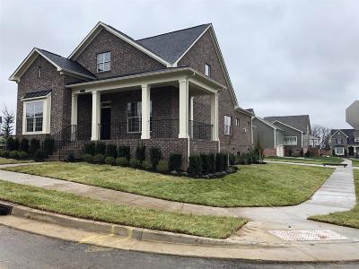 Franklin Single Family Home For Sale: 2000 Nolencrest Drive 86