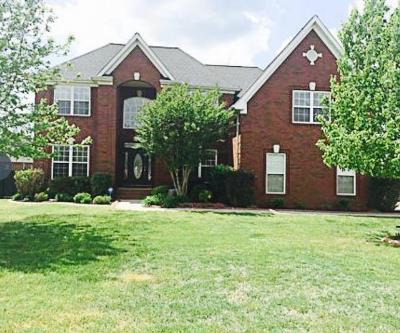 Murfreesboro Single Family Home For Sale: 1407 Stewart Creek Rd