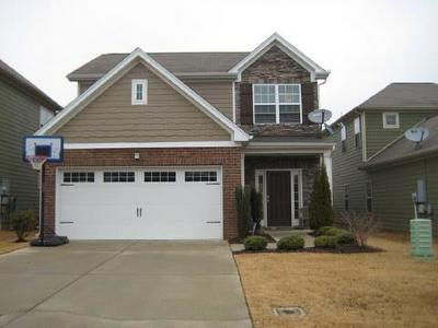 Spring Hill Single Family Home For Sale: 1027 Hemlock Dr
