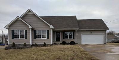 Clarksville Single Family Home Under Contract - Showing: 321 Congressman Dr