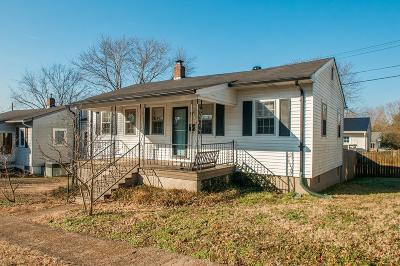Old Hickory Single Family Home For Sale: 1304 Debow St