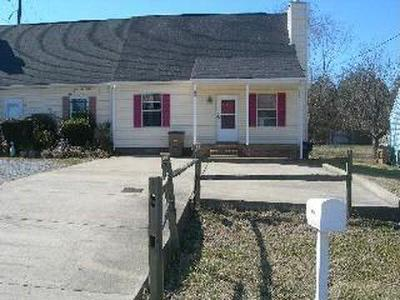 Davidson County Condo/Townhouse Under Contract - Showing: 3403 Tisdall Dr