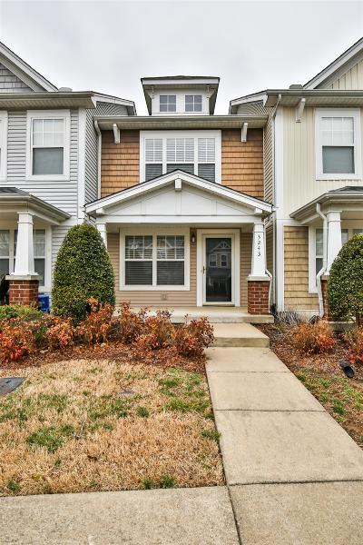Davidson County Condo/Townhouse For Sale: 3243 Harpeth Springs Dr