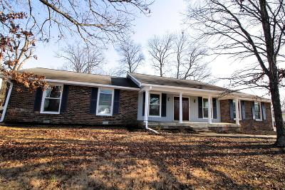 Davidson County Single Family Home For Sale: 2808 Lera Jones Dr