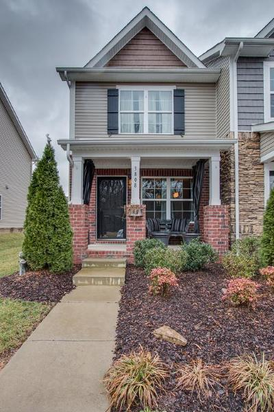 Davidson County Condo/Townhouse For Sale: 3808 Hoggett Ford Rd