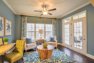 Wilson County Single Family Home For Sale: 1393 Whispering Oaks Dr. (504)