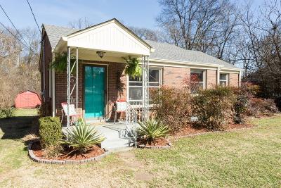 Nashville Single Family Home For Sale: 2313 Shadow Ln