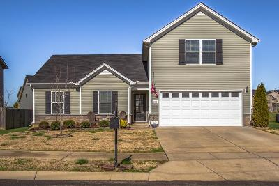 Spring Hill  Single Family Home Under Contract - Showing: 2116 Longhunter Chase Dr