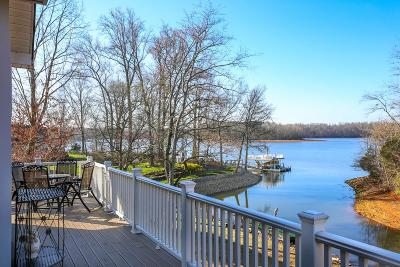 Winchester Single Family Home For Sale: 260 Shasteen Bend Dr