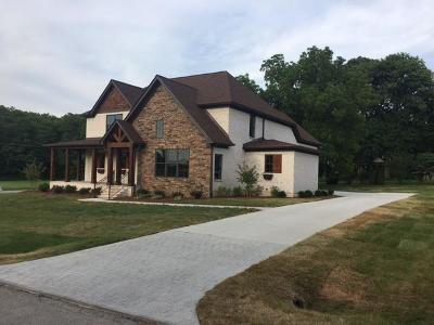 Mount Juliet Single Family Home For Sale: 102 Hunter Dr