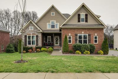 Spring Hill  Single Family Home Under Contract - Showing: 4017 Campania Strada