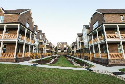 Nashville Single Family Home For Sale: 216 Porter Village Cir