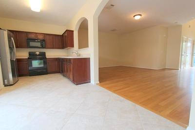 Brentwood Condo/Townhouse For Sale: 8524 Calistoga Way
