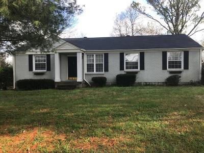 Nashville  Single Family Home For Sale: 6728 Fleetwood