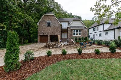 Nashville Single Family Home For Sale: 923 Downey Dr