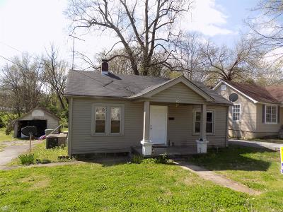 Single Family Home For Sale: 151 W Hite St