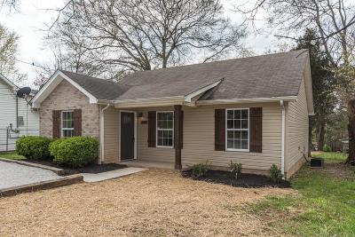 Robertson County Single Family Home Under Contract - Showing: 515 Hayes St