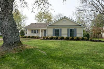 Franklin Single Family Home Under Contract - Showing: 965 Oak Meadow Dr