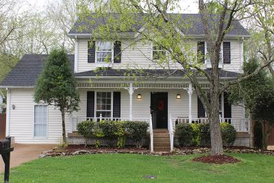 Goodlettsville Single Family Home Under Contract - Showing: 708 Windsor Trce