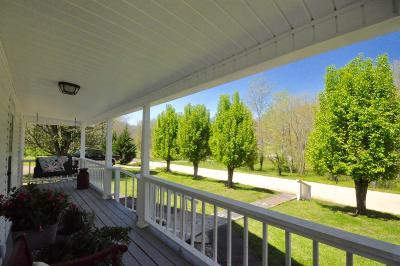 Lawrenceburg Single Family Home For Sale: 8220 Suckstem Branch Rd