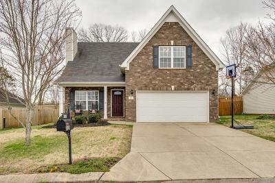 Spring Hill  Single Family Home Under Contract - Showing: 2024 Red Jacket Trce